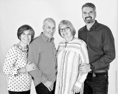 family-venture-photographer-studio-art-106